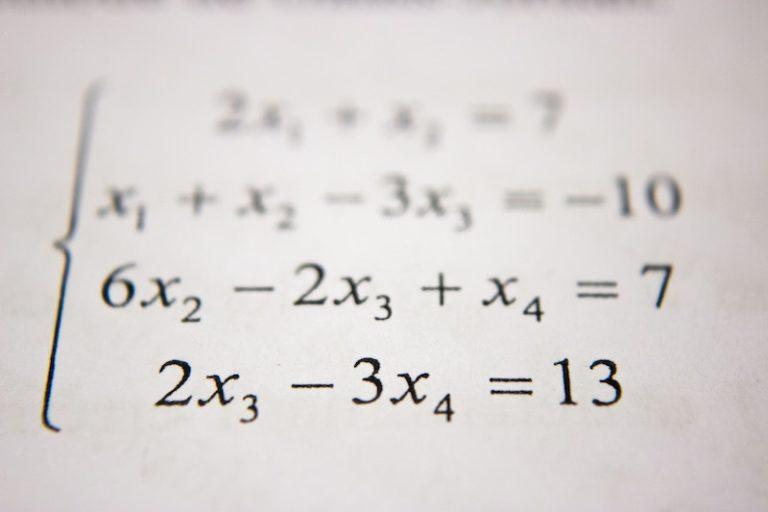 生き抜くための中学数楽 中学数学の全範囲の基礎が完璧にわかる本
