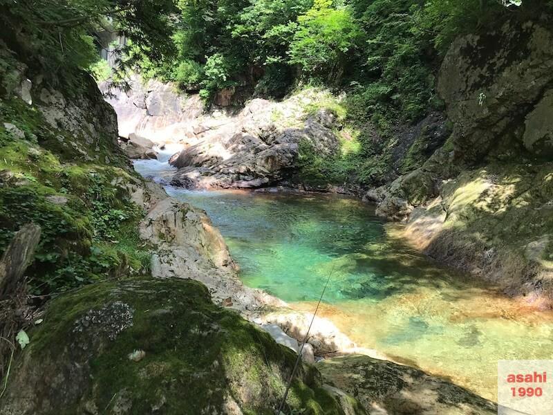 湯檜曽川深み